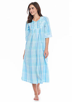 Miss Elaine Plaid Seersucker Long Zip Robe