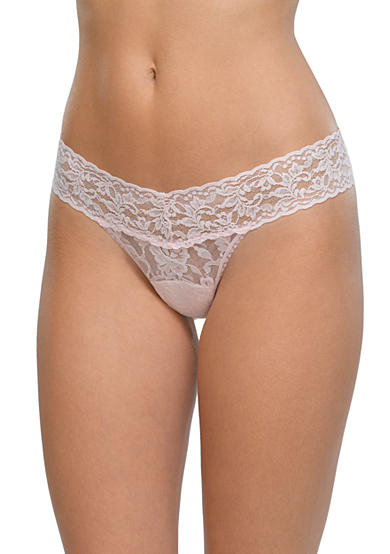 Hanky Panky® Signature Lace Low Rise Thong - 4911