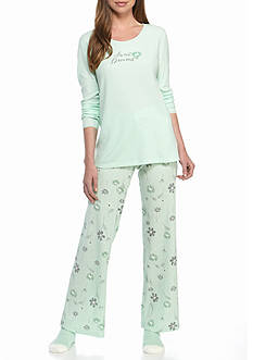 HUE® Sweet Dreams Thermal Pajama Set with Free Socks