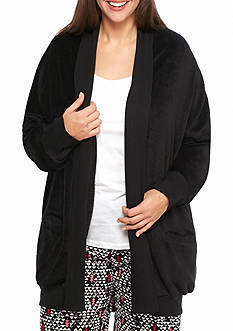 HUE Plus Size Cozy Fleece Wrap