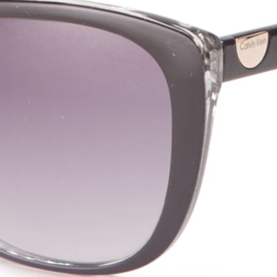 Spring Break Sunglasses: Black Calvin Klein Cat Eye Sunglasses