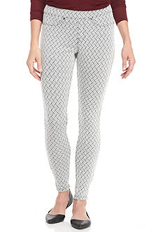 HUE® Chevron Jacquard Leggings
