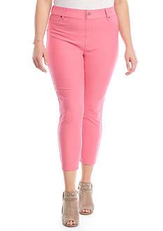 HUE Plus Size Essential Capri Leggings