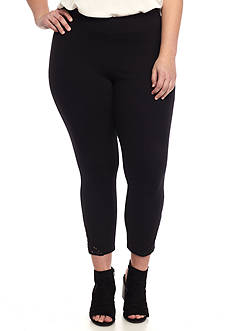HUE® Plus Size Lace Trim Capri Leggings