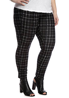 HUE Plus Size Summer Plaid Loafer Skimmer Leggings