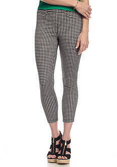 HUE® Gingham Capri Leggings