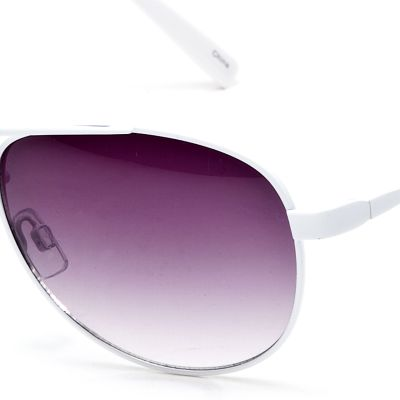 Fashion Sunglasses: White Jessica Simpson Classic Metal Aviator Sunglasses