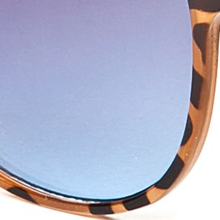 Round Sunglasses: Tortoise Jessica Simpson Round Metal Bridge Retro Sunglasses