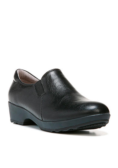 LifeStride Buzz Closed Back Shoes