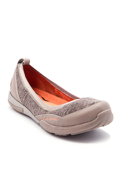 BareTraps Hixie Slip On Shoes