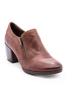 BareTraps Kelyn Shootie