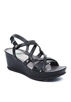 BareTraps Lotti Sandal