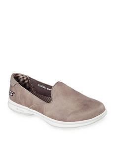 Skechers Go Step-Untouched Show Sneaker