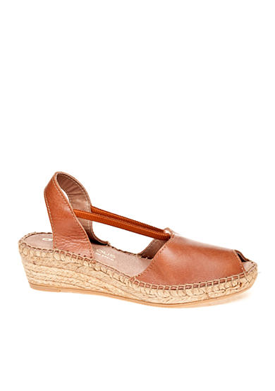 Andre Assous Dainty Wedge