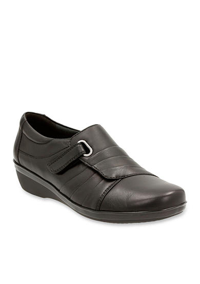 Clarks Everlay Luna Flat - Available in Extended Sizes