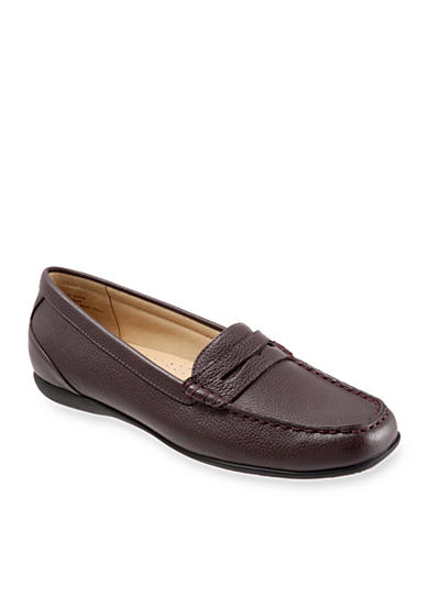 Trotters Staci Moccasin