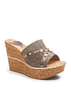 Love and Liberty™ Margo Wedge