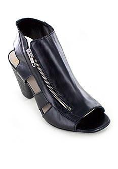 Summit White Mountain Sherilyn Italian Leather Open Toe Sandal