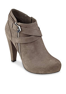G by GUESS Taylin2 Zipper and Buckle Shootie