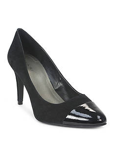 Tahari Ryan Pump