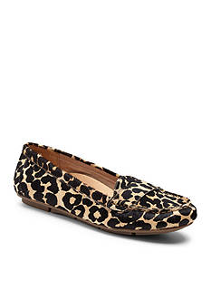 Vionic with Orthaheel Technology Larrun Loafers - Available in Extended Sizes