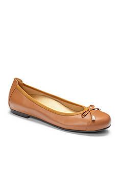 Orthaheel Minna Ballet Flats - Available in Extended Sizes