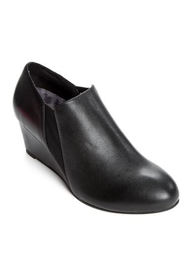 Vionic® with Orthaheel® Technology Stanton Wedge Bootie