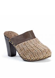 MUK LUKS Kameryn Shoe