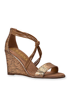 New York Transit Lively Woman Sandal