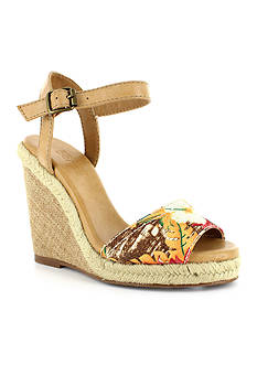 Dolce by Mojo Moxy Posey Wedge Sandals