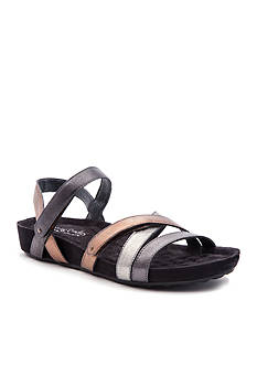 Walking Cradles Pool Sandal