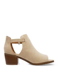 Groove Footwear Linette Peeptoe Bootie