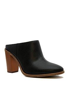 Groove Footwear Soila Mule