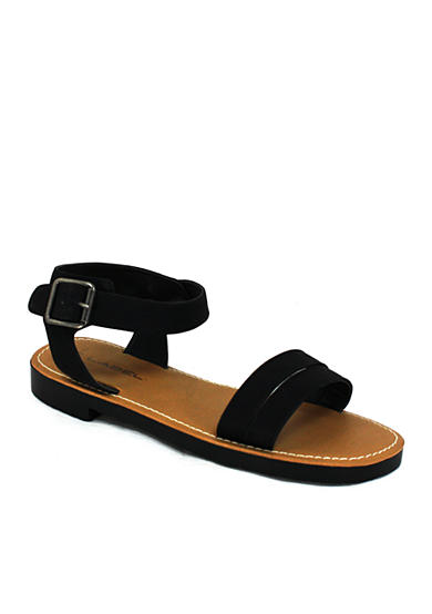 C. Label Daria Sandals