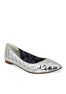 C. Label Paige2 Casual Flats