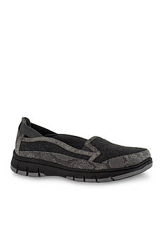 Easy Street Kacey Ultralight Slip On