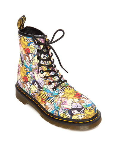 Dr. Martens Castel Toon Eight-Eye Boot