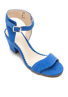 Crown & Ivy™ Hedye Scallop Sandal