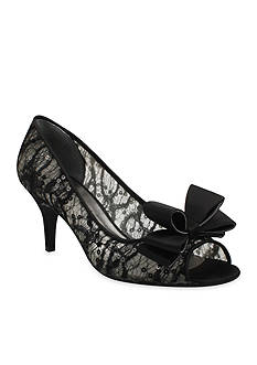 J Reneé Kaylee Pump - Available in Extended Sizes - Online Only