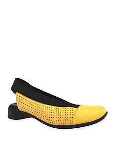 J Reneé Niro Flat - Available in Extended Sizes - Online Only