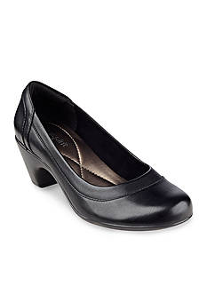 Easy Spirit Carmela Pump
