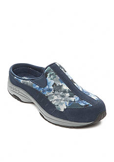 Easy Spirit Traveltime 228 Clog - Available in Extended Sizes