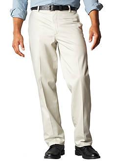 Levi's D2 Straight Fit Flat Front Signature Khaki
