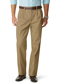 Dockers® Signature Khaki Relaxed Fit Pleated Pants