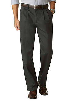 Dockers® Signature Relaxed Fit Khaki Pleated Pants