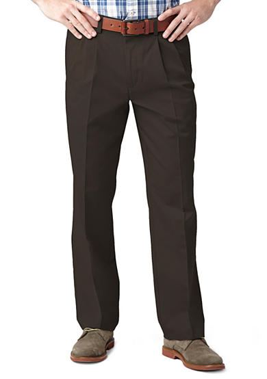 Dockers® Easy Classic Pleated Pants