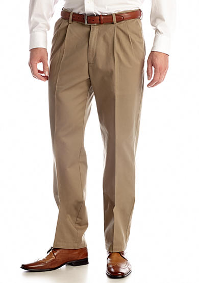 Haggar® Classic Fit Work To Weekend™ Pleated Non-Iron Pants