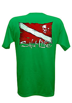 Salt Life Dive Flag and Skull Short Sleeve Graphic Pocket Tee