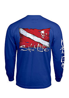 Salt Life Dive Flag and Skull Long Sleeve Graphic Tee