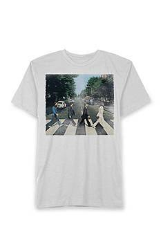 Hybrid™ Short Sleeve Beatles Abbey Road Graphic Tee